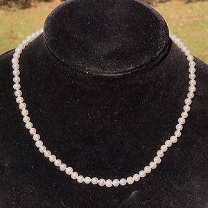 Vintage sterling natural pearls necklace